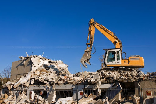 3 Reasons To Hire Professional Demolition Contractors