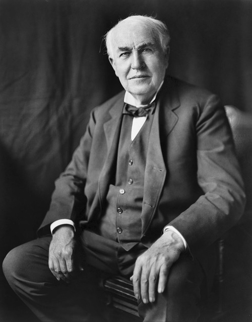 Why did Thomas Edison Electrocute an Elephant- Thomas Alva Edison